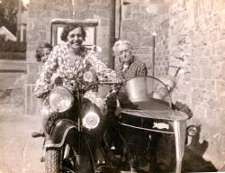 Family History Photo of the Week Winner (30 October 2015): Mary Ann Tipping and Flo Bridge