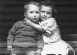 Family History Photo of the Week Winner (23 Jan 2015): Jack and Doreen Hitchcock