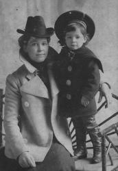 Family History Photo of the Week Winner (29 January 2016): Sally McGhie and her nephew Alexander Norval Keay