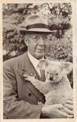 "Family History Photo of the Week Winner (16 October 2015): A very Australian photo of ""Uncle Harry"""