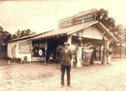 Family History Photo of the Week Winner (20 November 2015): W E Vinson's General Store