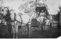 Family History Photo of the Week Winner (19 February 2016): Lillian Bickford Stewart Wilkinson with her husband, Mr Wilkinson, and youngest child, Golda Stewart