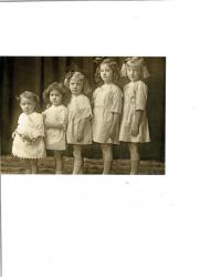 Family History Photo of the Week Winner (15 August 2014): Bessie's Daughters in a Row