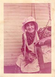 Family History Photo of the Week Winner (23 September 2016):Beuna in fall of 1954
