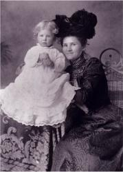 Family History Photo of the Week Winner (2 September 2016: Cornelia with daughter Josephine