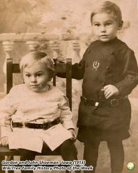 Family History Photo of the Week Winner (1 Sept 2017): Brothers, Gordon and John Shoeman