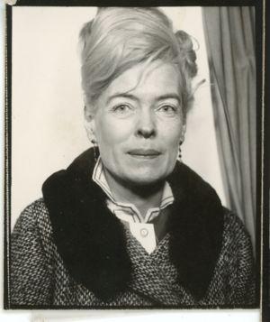 <b>Carol Ellen</b> Cronin - self-portrait circa 1960 - 300px-Cronin-629