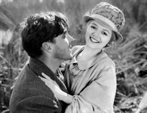 George O'Brien and Janet Gaynor in Sunrise