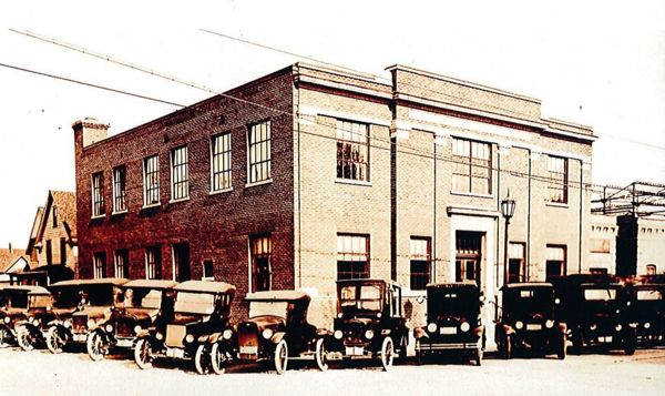Lancaster Electric Light Co