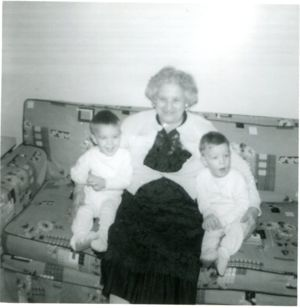 Minnie Giaconia and her identical twin great grandsons.