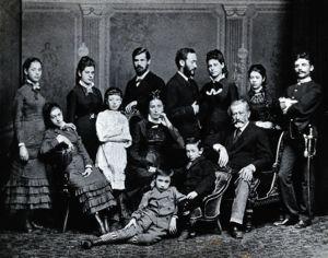 Freud family - Standing left to right: Paula, Anna, Sigmund, Emmanuel, Rosa and Marie Freud and their cousin Simon Nathanson. Seated: Adolfine, Amalia, Alexander and Jacob Freud. The other boy and girl are unidentified.