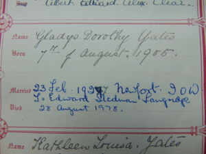 Gladys Dorothy Yates Birth, Marriage details in family bible