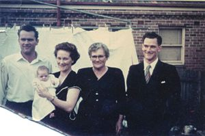 Tom Oxley (on right), then mother Violet, Evelyn, Harold, baby Paul Bech