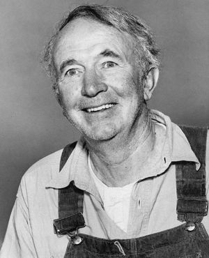 Walter Brennan in costume as Amos McCoy from the television program The Real McCoys.