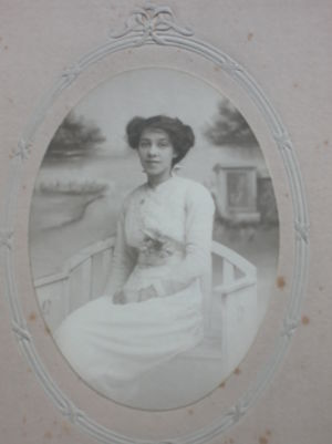 Ethel Maude Brown at the time of her engagement in 1915