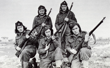 did the women in world war Women took over difficult and hazardous jobs to fuel the war effort.