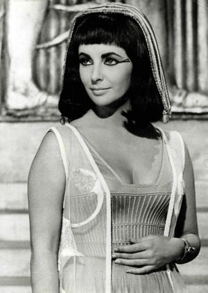 Photo of Elizabeth Taylor from the film Cleopatra.