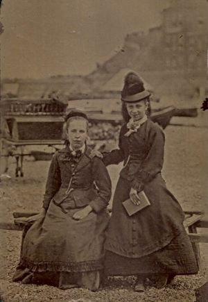 Alice Larner with her mother Kate Eliza (Brown) Larner