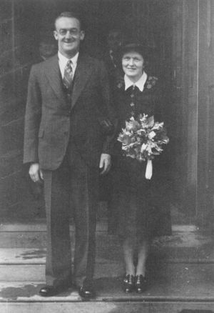 Stanley and Mary Wright at their wedding
